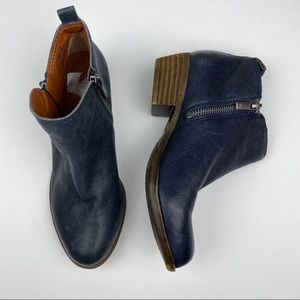 Lucky Brand Blue Leather Booties
